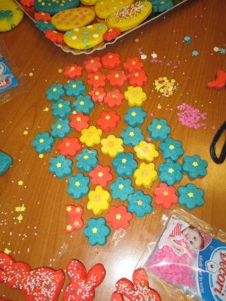 prepariamo i biscotti per Pasqua! (16)