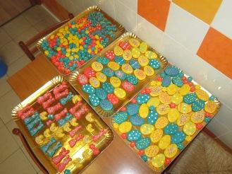 prepariamo i biscotti per Pasqua! (18)